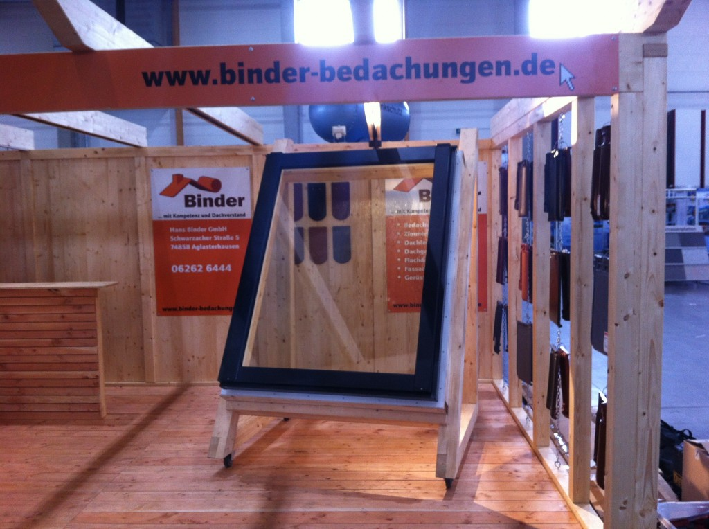 Stand003